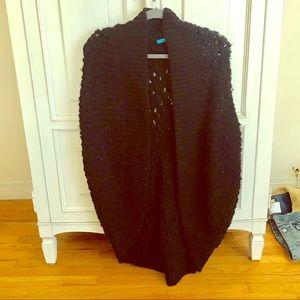 Alive and Olivia black knit oversized vest